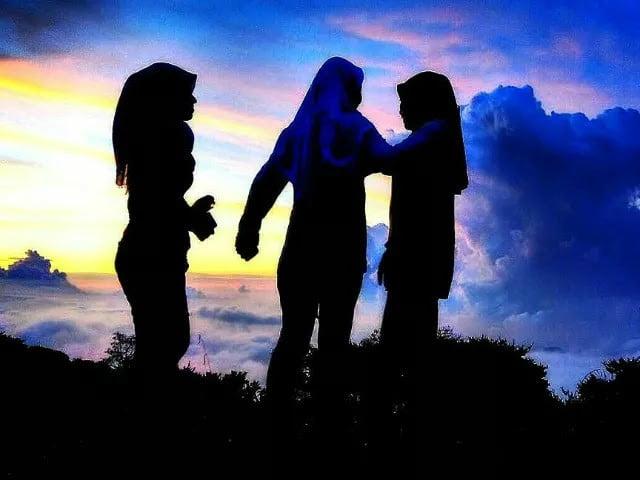 Berdoa dan Bertindaklah Sopan