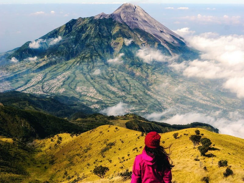 Merbabu via Suwanting by @satyawinnie