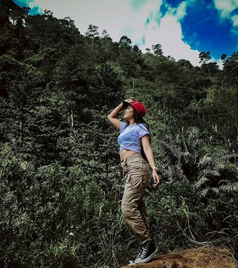 Wajib Tahu, Ini Etika Buang Air Saat Mendaki Gunung