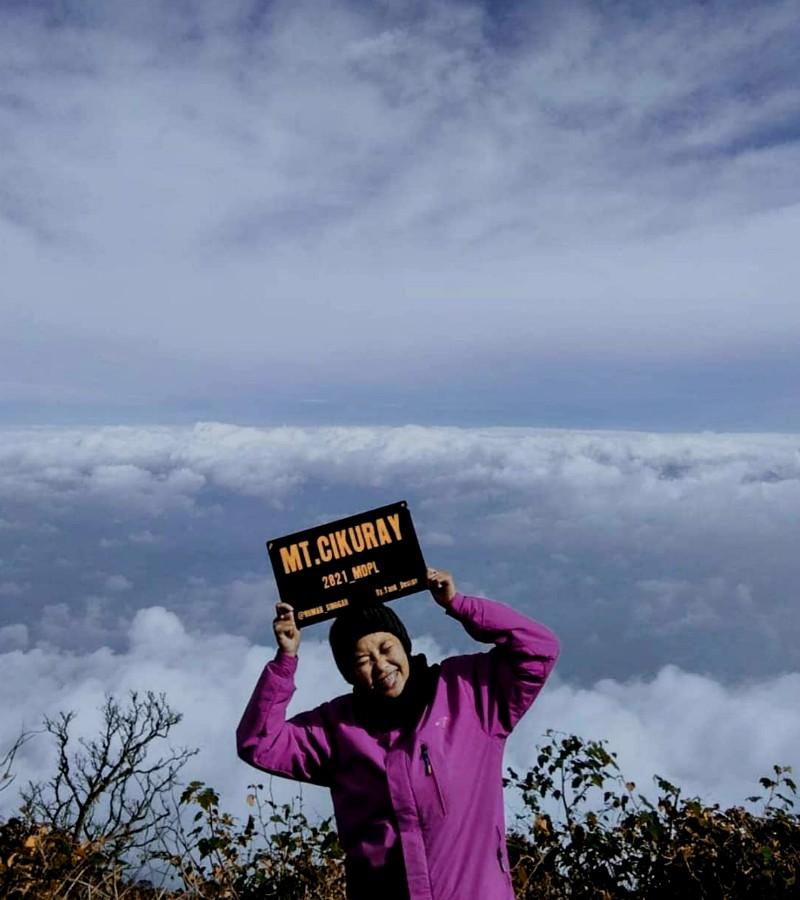 Tips Menghindari Kejadian Mistis Saat Mendaki Gunung