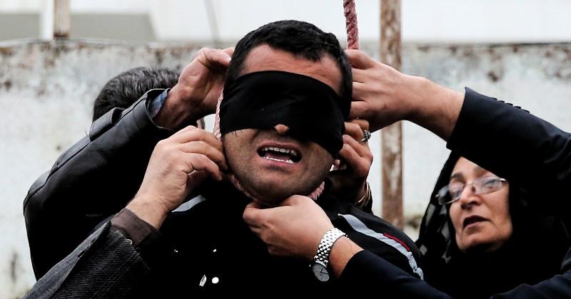 Pemerkosa Perempuan Saat Mendaki di Afganistan Dihukum Mati