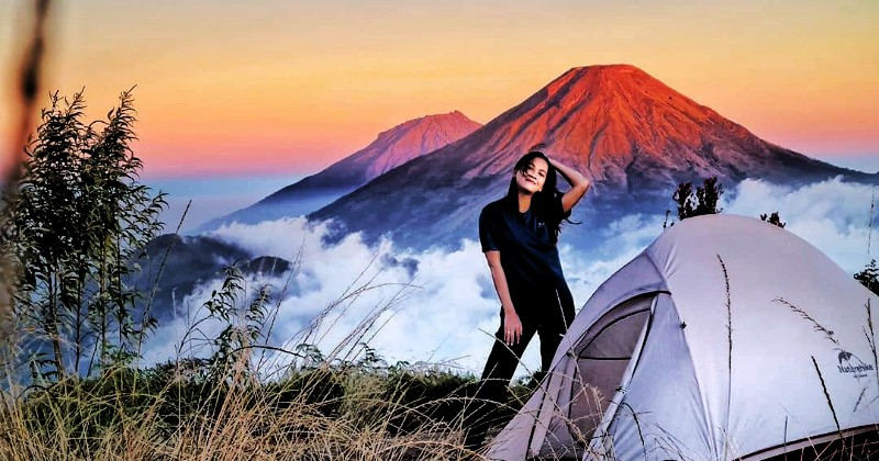 5 Gunung Cantik yang Wajib Kamu Daki Tahun 2021